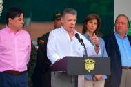 El presidente Juan Manuel Santos en sus declraciones desde Cúcuta. Lo acompañan el ministro del Interior, Juan Fernando Cristo; la canciller María Angela Holguín, y el ministro de Defensa, Luis Carlos Villegas.