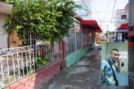 Calle 25A con carrera 37 donde fue abatido 'Lagrimita' cuando huía en moto.  Jhon Jairo Monsalvo Pacheco, 'Lagrimita'.