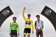 El colombiano Rigoberto Urán, el británico Chris Froome y el francés Romain Bardet en el podio del Tour de Francia.