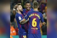Messi, Paulinho y Denis celebran ante el Eibar.