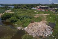 Imagen aérea tomada el 5 de septiembre muestra el lugar que se está rellenando.
