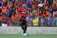 Oswaldo Henríquez  Bocanegra durante un juego con el Sport Recife de Brasil.