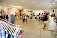 En La Kermesse, varios diseñadores exponen sus trabajos. Se encuentran desde accesorios hasta alfombras.