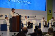 El presidente Santos se dirige a los asistentes.