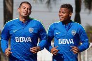 Edwin Cardona y Wílmar Barrios, jugadores de Boca Juniors.