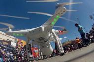 Drone usado en el cubrimiento de una canal de telévisión del Carnaval de Oruro, Bolívia.