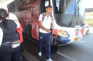 El defensa Rafael Pérez llegando al aeropuerto Rafael Núñez de Cartagena.