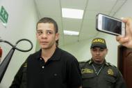 Kevin López Mejía a su entrada a la sala 11 del Centro de Servicios Judiciales, donde se llevó a cabo la audiencia.