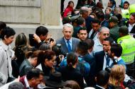 El senador durante su llegada a la Corte.