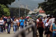 Cientos de venezolanos ingresan a diario por fronteras como la de Cúcuta.