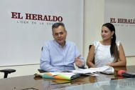 José Lizarazo Sarmiento y Jackeline Rojas, directora del Sena Atlántico.