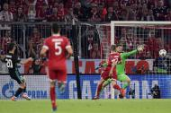 Marco Asensio anotó el segundo gol del Real Madrid a través de este remate inatajable para el guardameta.