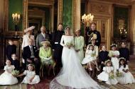 Esta es la foto oficial de los nuevos Los nuevos duque y duquesa de Sussex junto a la familia real británica.