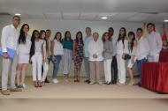 Foto institucional entre los asistentes, las directivas académicas, los ponentes internacionales invitados y demás invitados especiales.