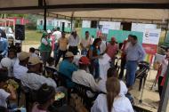 El acto oficial en la vereda contó con la participación de la comunidad y las autoridades.