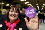 """""""Hicimos historia"""", una de las frases más leídas y escuchadas este sábado en Irlanda."""
