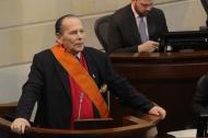 Roberto Gerlein Echeverría el 8 de junio pasado cuando le fue impuesta la orden en el grado de Gran Cruz del Congreso de la República.