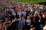 Venezolanos emigrando de su país.