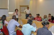 Al fondo, los dos magistrados de la JEP que estuvieron ayer en Barranquilla.
