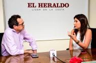 El director de EL HERALDO Marco Schwartz conversa con la ministra de Educación María Victoria Angulo.