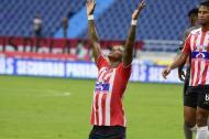 Johnny González celebra el segundo gol.