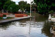 El río Fundación inunda en la salida de su cauce nueve barrios del municipio.