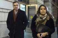 El periodista de CNN Jim Acosta sale este miércoles del tribunal de Washington.
