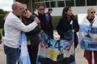 Los familiares de los miembros de la tripulación del submarino ARA San Juan se manifestaron frente a la Base de la Armada en Mar del Plata, provincia de Buenos Aires, Argentina.