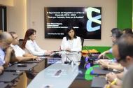 La gobernadora Rosa Cotes y la directora del DNP durante la reunión con gremios y fuerzas productivas realizada en la Universidad del Magdalena.