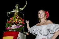 La reina del Carnaval, Carolina Segebre, estuvo en la serenata a Esthercita Forero.