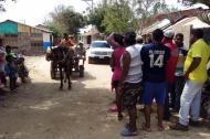 Según los residentes, las pimpinas de agua las consiguen entre $400 y $500 pesos, cada una.