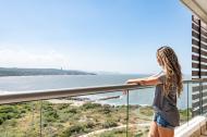 Levantarse y poder ver la inmensidad del mar es una de las razones que llevó a Sasha Ferrer a comprar su vivienda en esta zona.