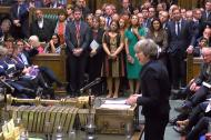 Theresa May hablando ante el parlamento europeo.