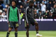 Juan Guillermo Cuadrado y su compañero en la Juventus Moise Kean.