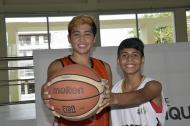 Luis Zúñiga (izq.)  y David Santacruz sueñan con llegar a la NBA.