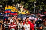 Momento en el que se iniciaba la procesión en la Iglesia del Carmen, en horas de la tarde.