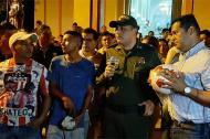 El alcalde Bello en el acto con jóvenes del municipio.