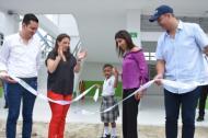 La consejera presidencial para las Regiones, Karen Abudinen; la ministra María Victoria Angulo y el alcalde de Montería, Marcos Daniel Pineda.