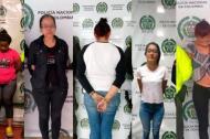Esposas de reclusos capturadas por cobrar extorsiones que sus parejas realizaban desde las cárceles.