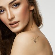 Trazos minimalistas, un estilo en tatuajes con sello de identidad