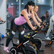 Indoor cycling: fortalecimiento muscular en cada pedaleo