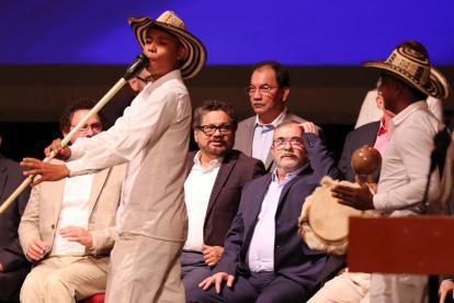 Rodrigo Londoño,'Timochenko', en la segunda firma de la paz en el Teatro Colón.