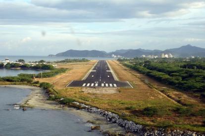 Pista del aeropuerto Simón Bolívar, de Santa Marta.