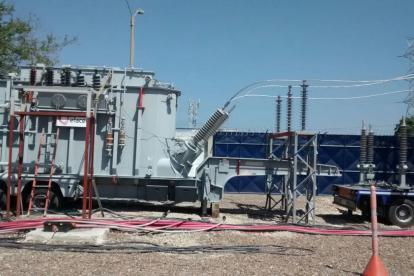Transformador móvil que instalará provisionalmente la empresa Electricaribe.
