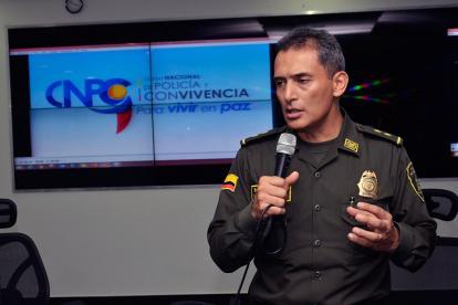 El general Mariano Botero Coy, comandante de la Mebar, explica aspectos del Código.