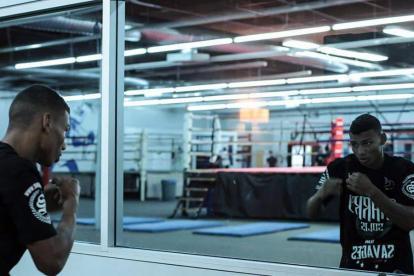 El púgil barranquillero Brandon 'la Maravilla' Valdés durante un entrenamiento.