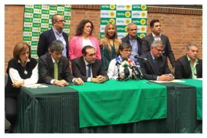Miembros del partido Alianza Verde, en rueda de prensa el pasado 17 de enero.