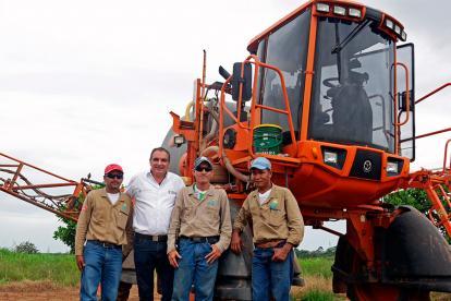 Minagricultura, Aurelio Iragorri, dijo se permitirá acceso a tecnologías a menor precio.