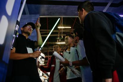 La mítica saga cinematográfica Star Wars, tiene un espacio en el pabellón 16 de la Feria Internacional del Libro de Bogotá.