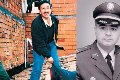 El ex gobernador de Santander Hugo Aguilar Naranjo posando junto al cadáver de Pablo Escobar Gaviria.
